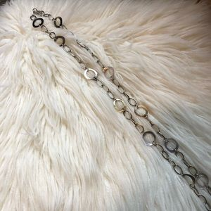 Long chain necklace with abalone detail